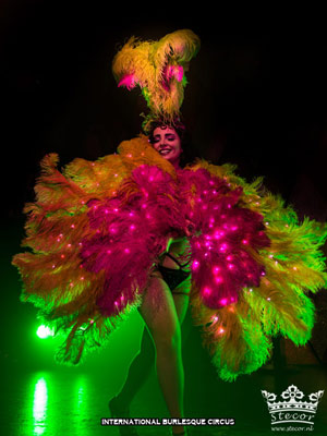 Miss Anne Thropy at the International Burlesque Circus Burlypicks Netherlands - the Dutch edition