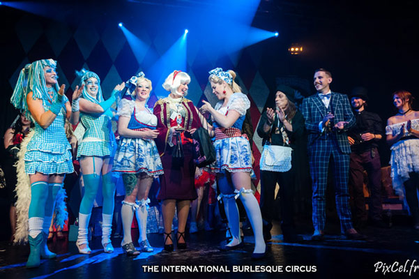Best Dressed Contest at the International Burlesque Circus Burlypicks Netherlands - the Dutch edition