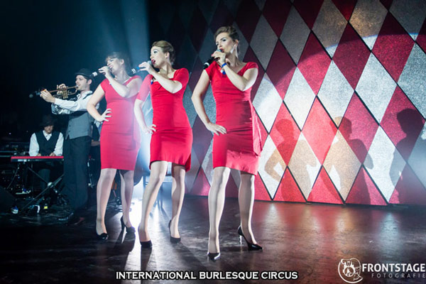 Jilted and Band at the International Burlesque Circus Burlypicks Netherlands - the Dutch edition