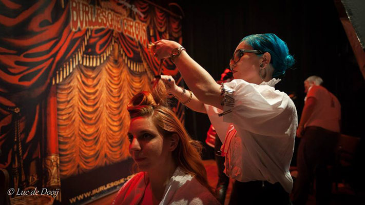 50s hairstyling at the International Burlesque Circus- the Freaks & Geeks edition