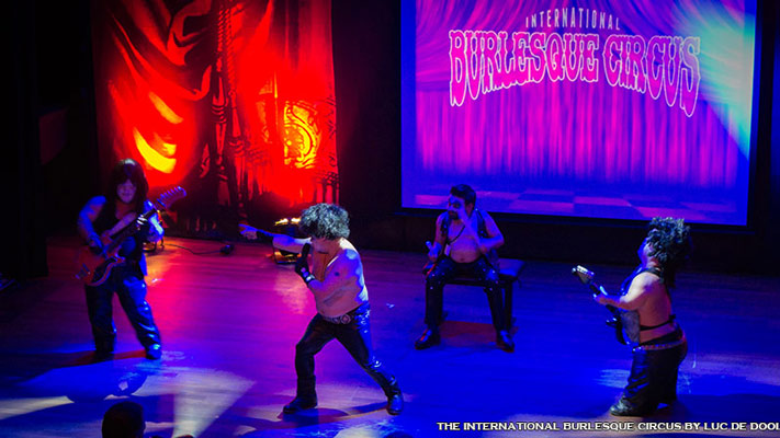 Mini Kiss at the International Burlesque Circus - the Wicked Wedding edition