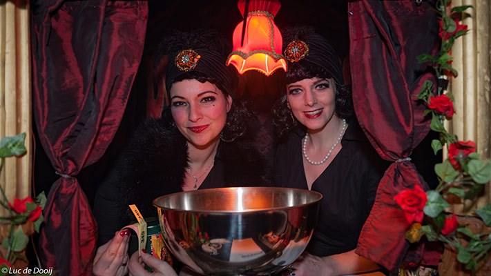 the charity tombola at the International Burlesque Circus, the Old Hollywood Glam edition
