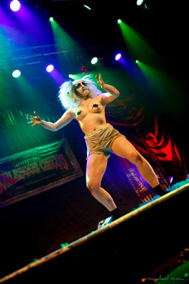 Impression of the burlesqueshow by Sandy Sure at the 24th edition of the International Burlesque Circus - the Monsters In Pyjamas Halloween edition 2018 produced by Boudoir Noir Production at De Helling in Utrecht