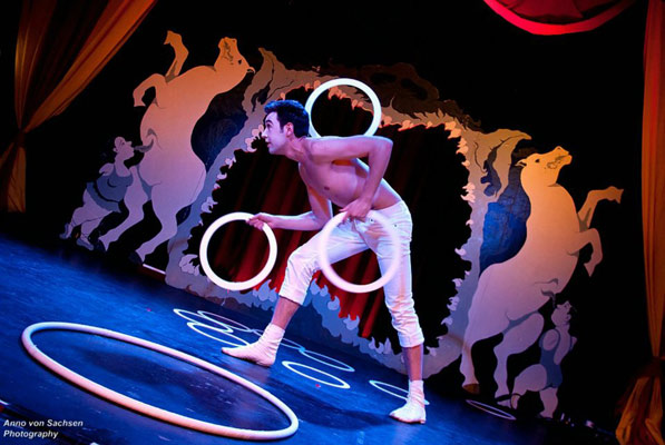 The International Burlesque Circus - the sold out 3rd edition: Heaven & Hell - Cupid Juggler David Severins