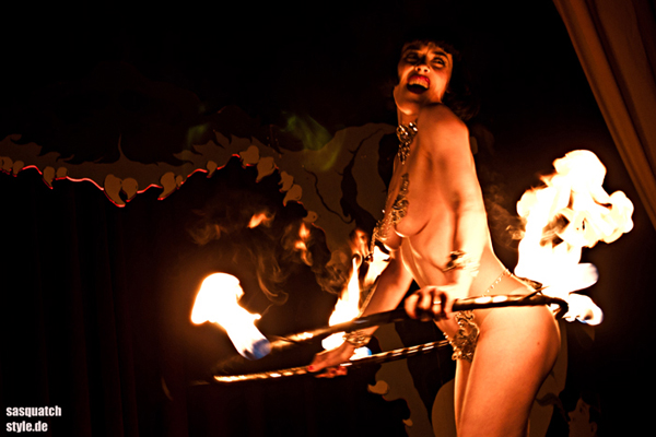 The International Burlesque Circus - the sold out 3rd edition: Heaven & Hell - Mama Ulita firehoop