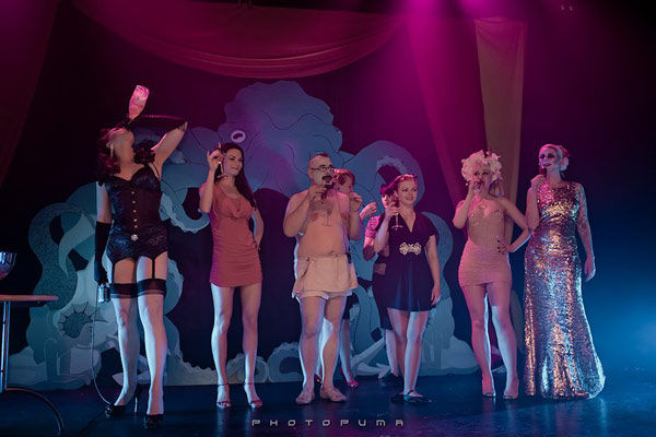 The International Burlesque Circus the 4th edition SAILOR - curtain call