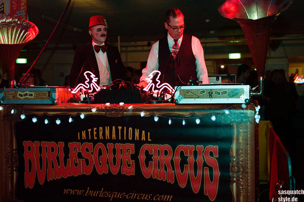 the djs at The International Burlesque Circus - The Glamour edition